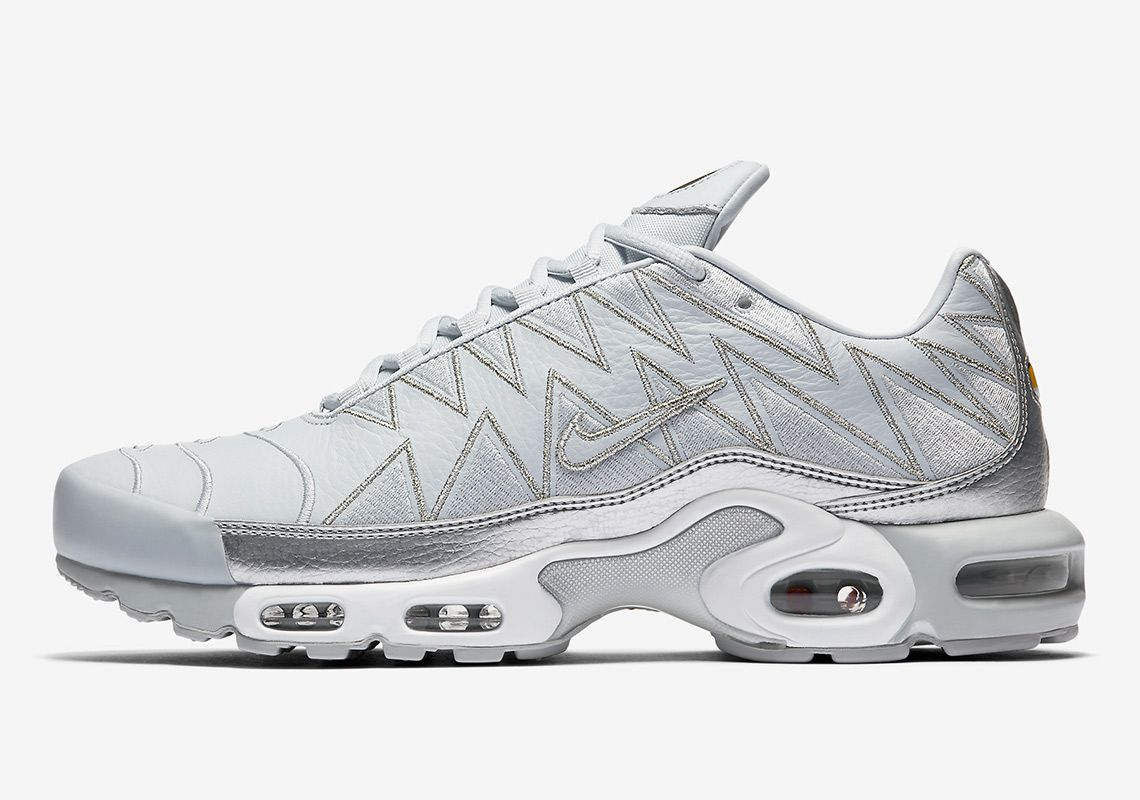 online store 28ea5 d7723 Nike Air Max Plus Zig Zag Uppers AJ6301-001 Grey Coming Soon thatdope  sneakers luxury dope fashion trending