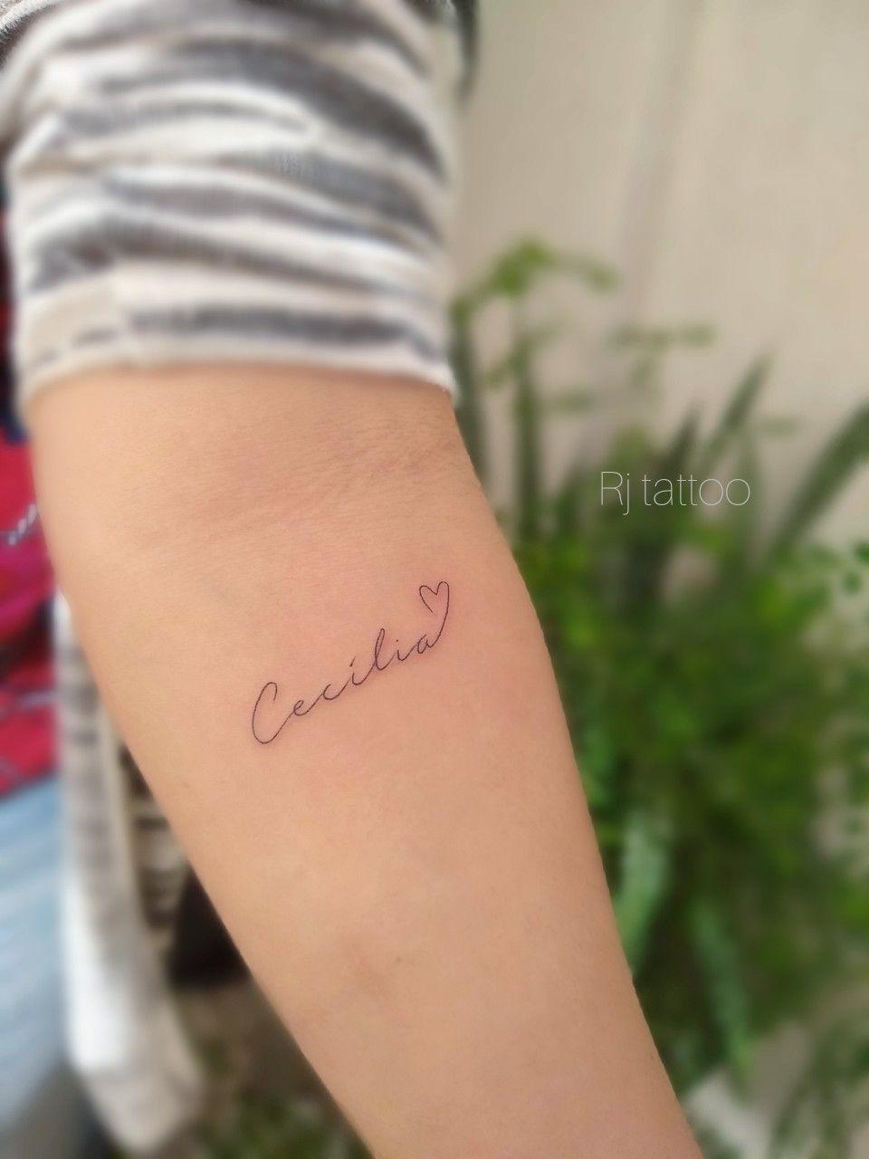 Tattoo Nome Cecília Tatuagem Feminina Nomes Projetos Dedo