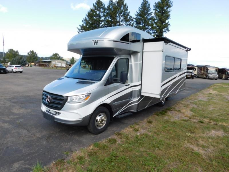 Winnebago View Class C Diesel Motorhome 24j Highlights U Shaped Dinette Private Shower Toilet Wardrobe Cab Over Bunk Swivel Cab S Winnebago Motorhome Diesel