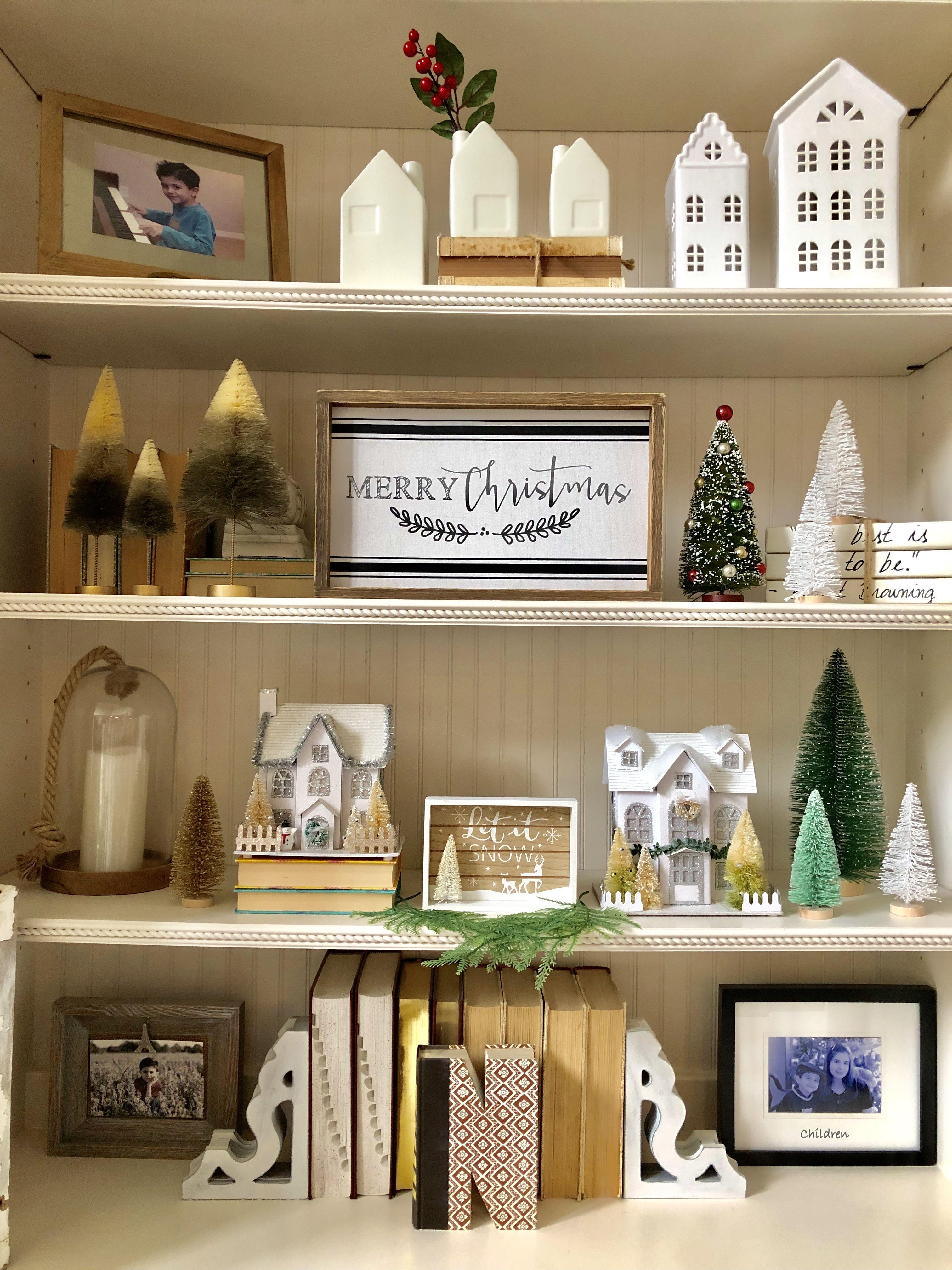Christmas Bookcase Decor Bookcase Decor Holiday Decor Decorating Bookshelves
