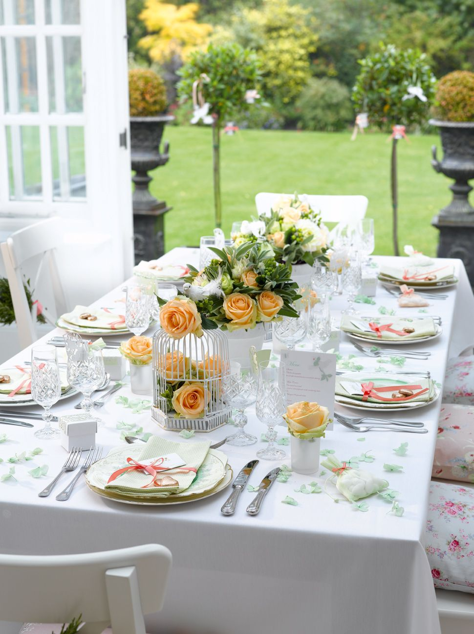 Enchanted Garden Setting the #table | Set the table | Pinterest ...
