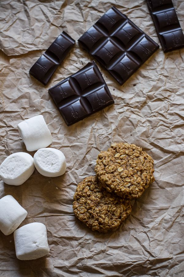 Pumpkin oatmeal cookie s'mores