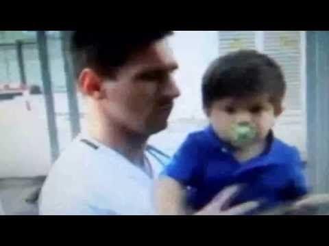 Denuncian a Lionel Messi por no cuidar de su pequeño hijo. Mirá quién lo acusa www.minutouno.com/c299111