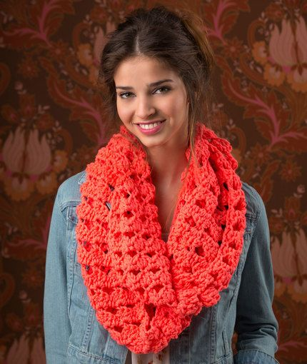 Red Heart: Turn Up the Volume Cowl - free crochet pattern by Randy ...