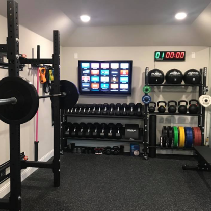 rogue equipped garage gyms  photo gallery  gym room at