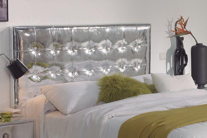 Cabecero tapizado acolchado plateado decoracion - Cabeceros acolchados cama ...