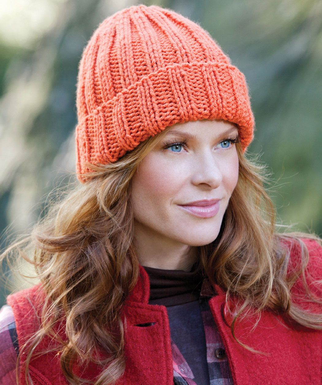 Easy fit ribbed hat red heart yarns free patterns pinterest easy fit ribbed hat free knitting pattern in red heart yarns bankloansurffo Images