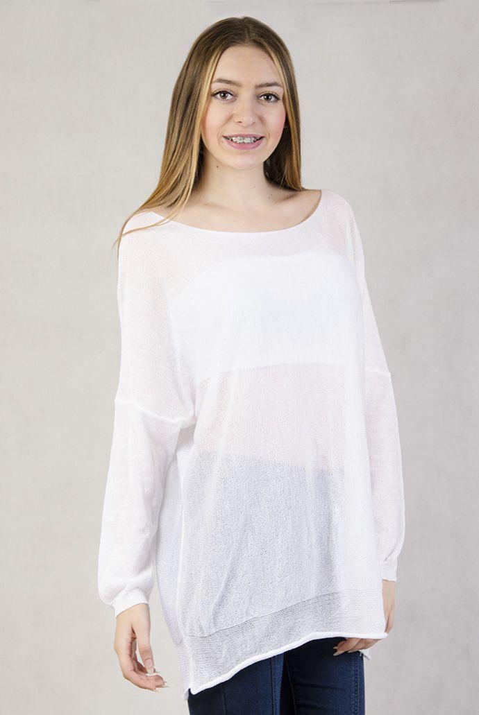 Biały sweterek oversize z długim rękawem