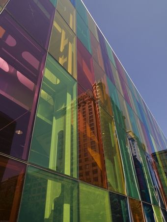 'Printing' transparent solar cells onto colored glass ...