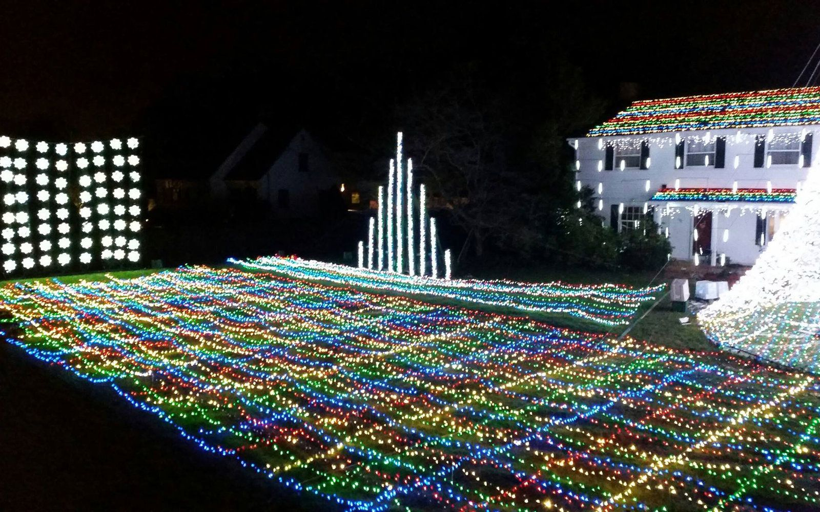 Attractive The Best Christmas Lights In Every State Photo
