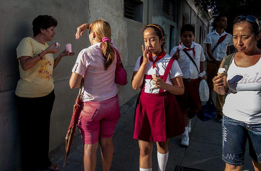 ice cream street photography - Cerca con Google
