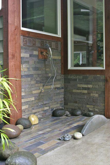 Dog wash station in garage google search home pinterest dog outdoor showerlove the bigger rocks solutioingenieria Gallery