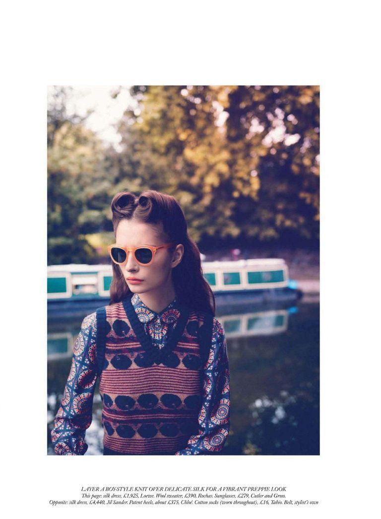 """""""Daydream Believer"""" : Suzie Bird : UK Harper's Bazaar October 2011 : Horst Diekgerdes"""