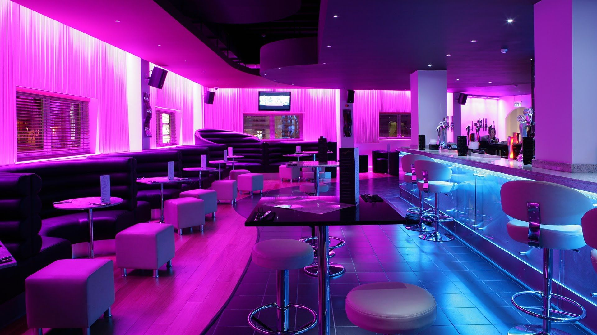 cool lounge sofas for clubs - Google Search | chill out spot