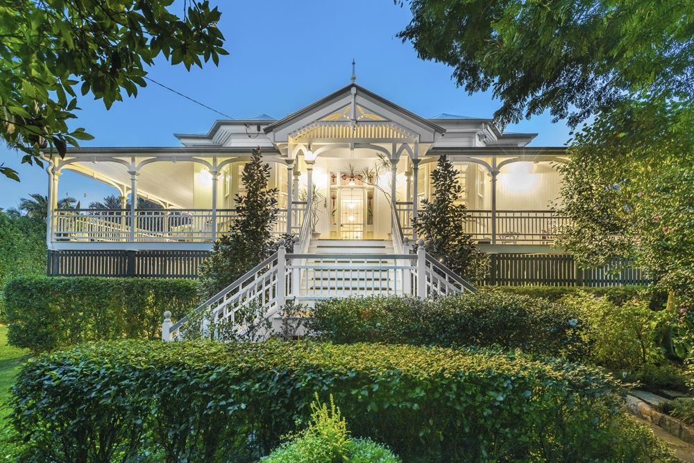 6 bedroom house for sale at 17 Beatrice Terrace, Ascot QLD