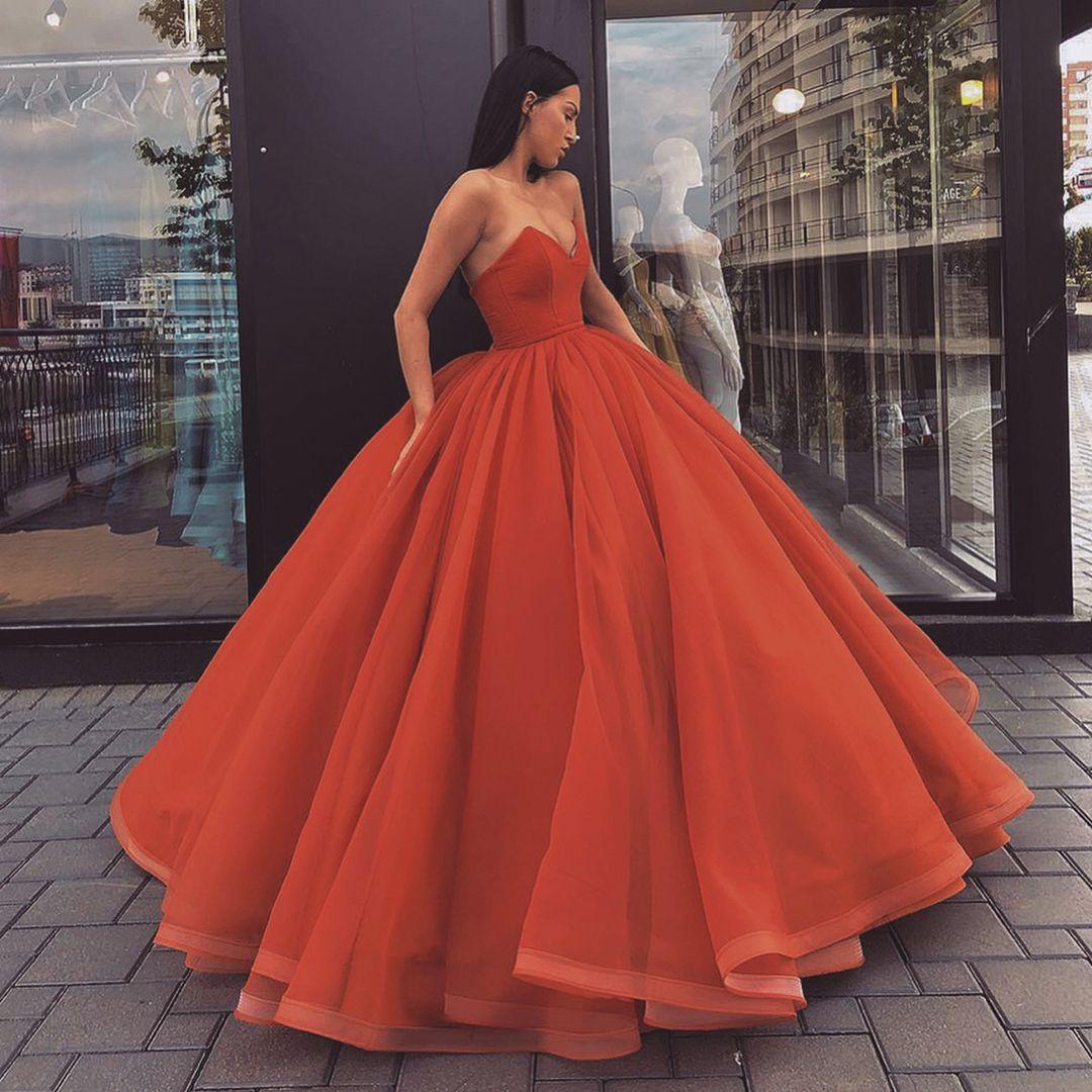 Pin by jocelyn curet on gowns in pinterest dresses fashion
