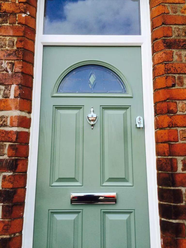 XtremeDoor Georgian style door in chartwell green with cylinder ...