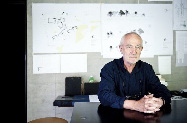 Therme architect Peter Zumthor.