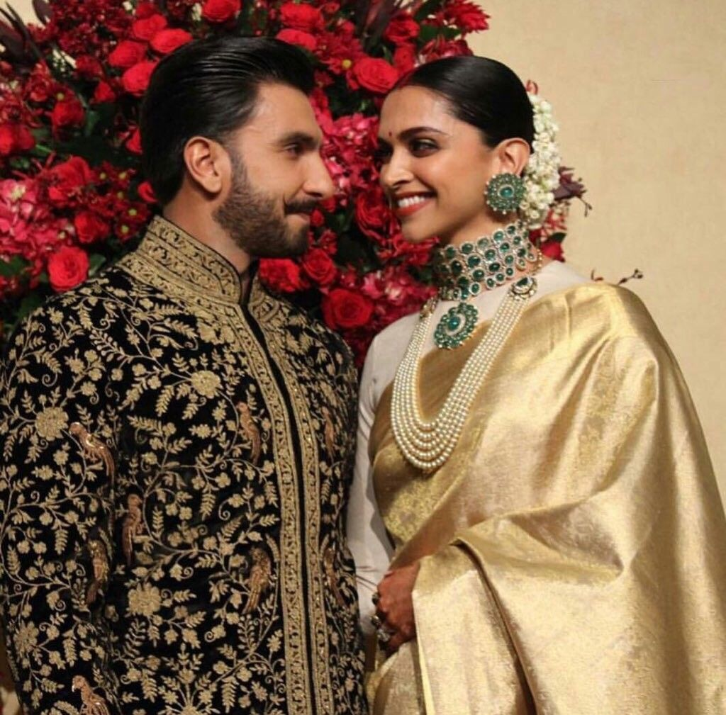 Deepveer Deepika Padukone N Ranveer Singh At Her Wedding Reception Bangalore Deepika Padukone Style Bollywood Celebrities Bollywood Wedding