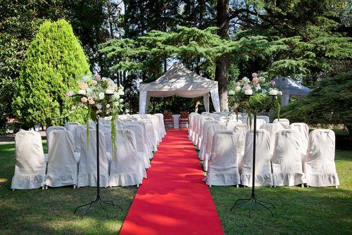 wedding backyard | If The Ring Fits: DIY Backyard Weddings