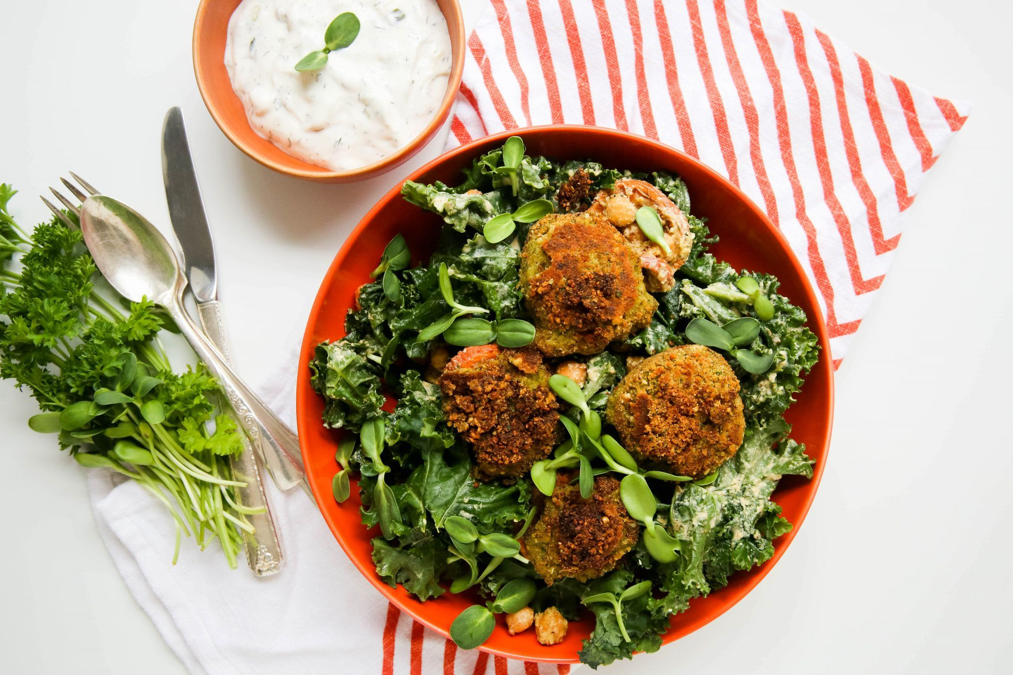 Baked Falafel With Canned Chickpeas Walktoeat Recipe Baked Falafel Falafel Recipe Easy Falafel With Canned Chickpeas