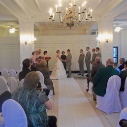 Le Saum Grand Ballroom And Wedding Chapel In St Louis MO