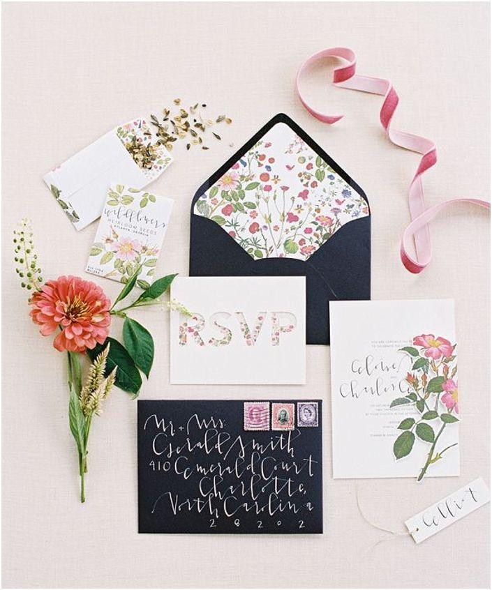 Blush and Navy Wedding Inspiration #weddingstationery #invitationsuite
