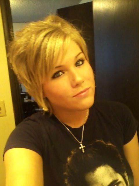 babe short hair selfie pin on mykala s hair