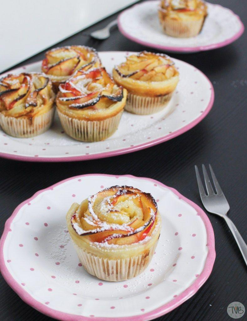 Apfel-Rosen im Blätterteig #vegan - Tschaakii's Veggie Blog