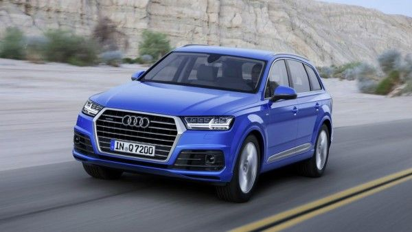 Audi Q7 Blue Colour Hd Wallpaper Hd Wallpapers High Resolution Wallpapers Audi Q7 Audi Sporty Suv