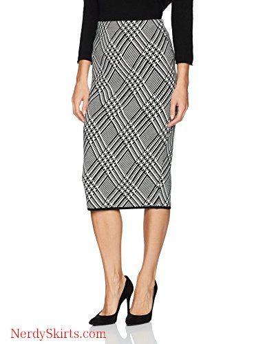 eebb4034843e Trina Turk Women s Robertson Wool Knit Plaid Skirt in 2019
