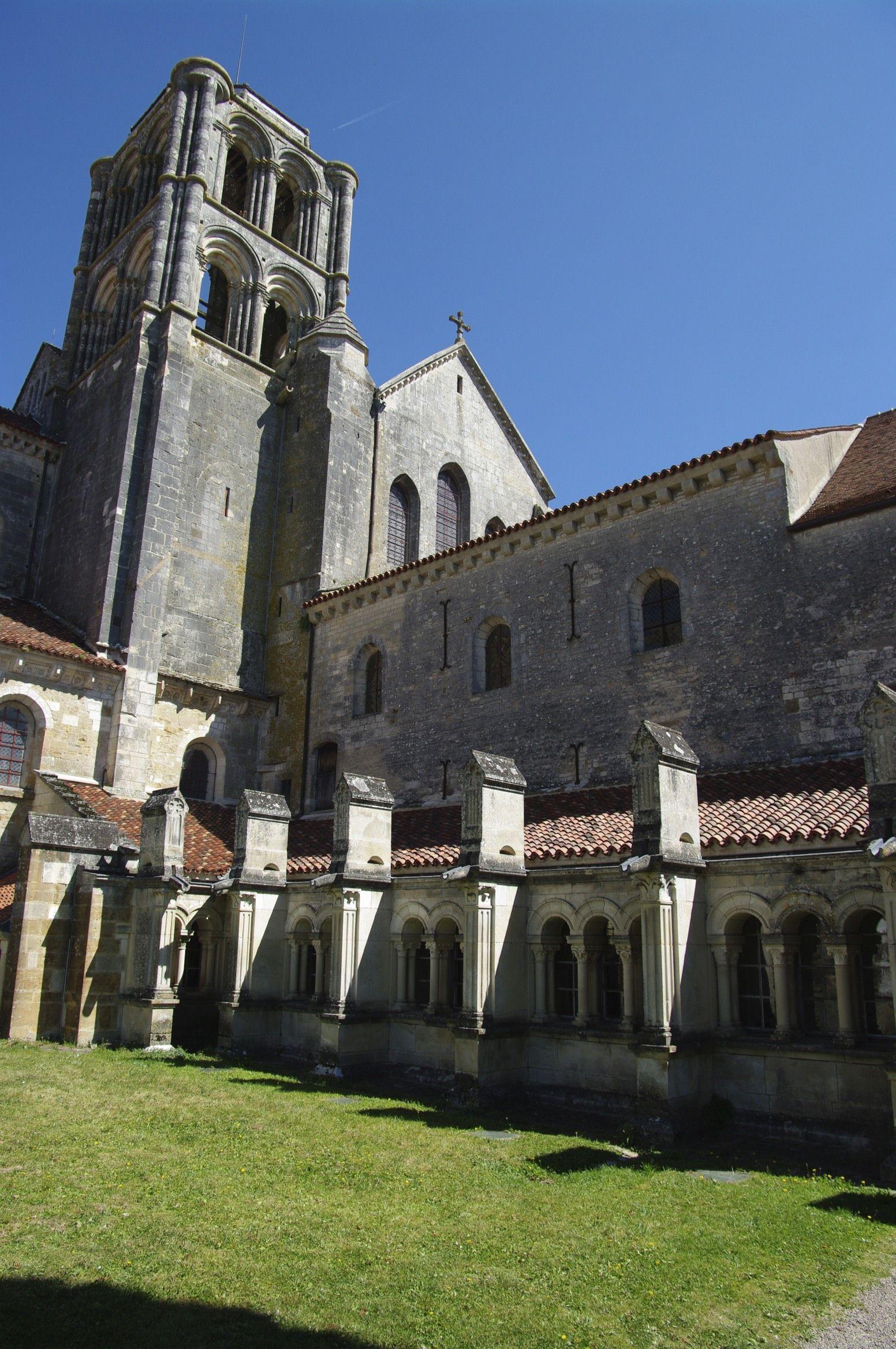 Iglesia de la Magdalena de Vézelay (Borgoña)