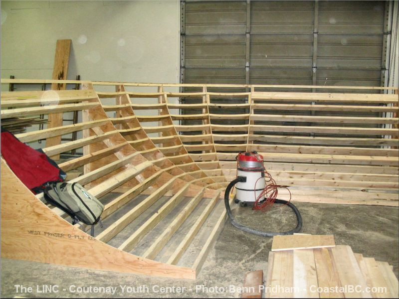 Skateboard ramp blueprints google search ramps for Skateboard chair plans