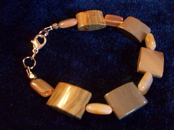 MadameBijouxRecycle  - Recycled Jewelry & MORE  - on Etsy