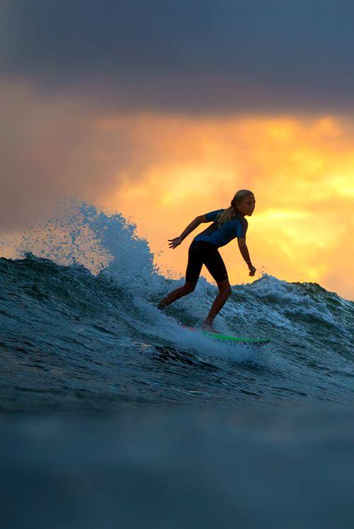 Surf babes on sea