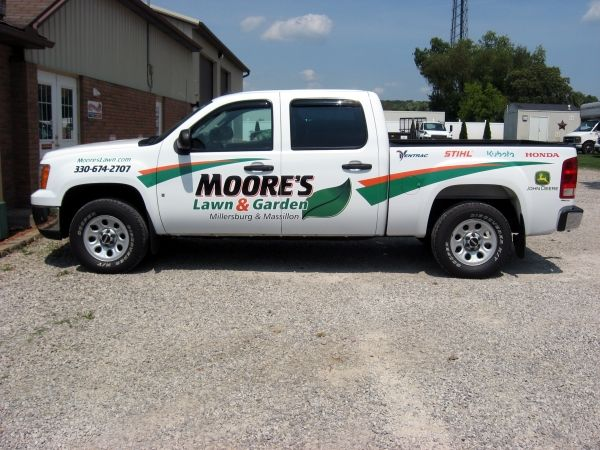 Mooreu0027s Lawn U0026 Garden Truck Done By Sign ...