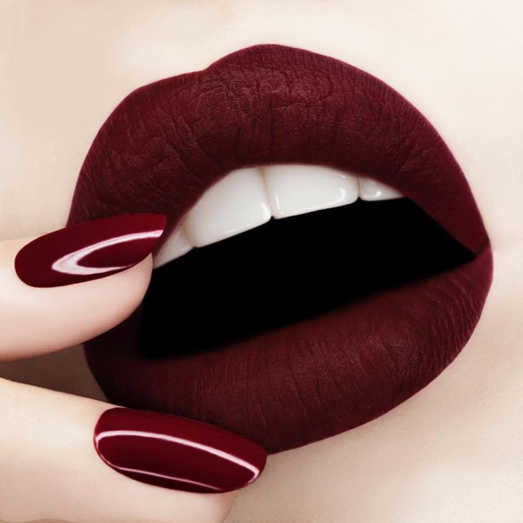 губы черные красивые картинки новый
