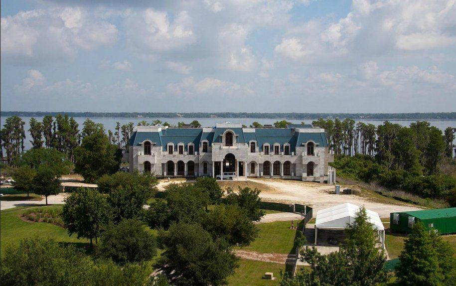The 10 Biggest Homes In America. The 10 Biggest Homes In America   Versailles  Square feet and