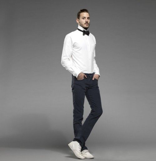 Austrian boys latest collection of jeans styles along with pictures - Get new trends and designs of Austria boys jeans paints and shirts here and pictures.