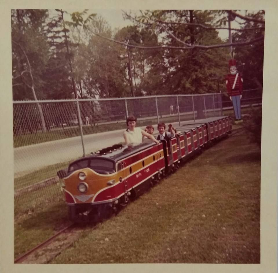 Train Around Amusement Park In Burlington Early Years Burlington Iowa Burlington Iowa