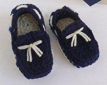 Azul navy / marino zapatos mocasines clásicos para bebé tejidos a crochet con cordones decorativos - Recién nacido a un año Modelo #038