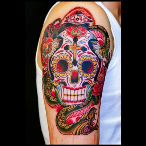 Tattoo old school cr ne mexicain sur le bras tatouage cr ne mexicain pinterest cr ne - Tatouage tete de mort avant bras ...