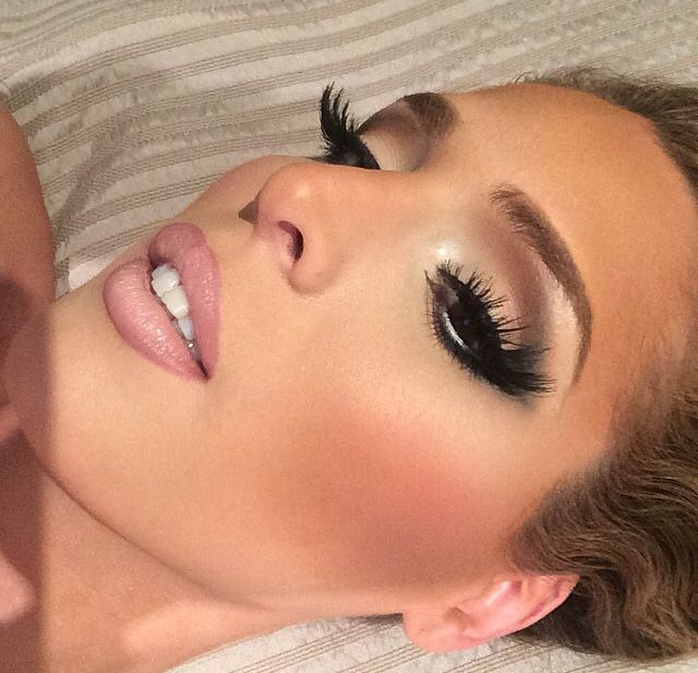 Pin By Jeanette Hernandez On Make Me Beautiful Hair Makeup