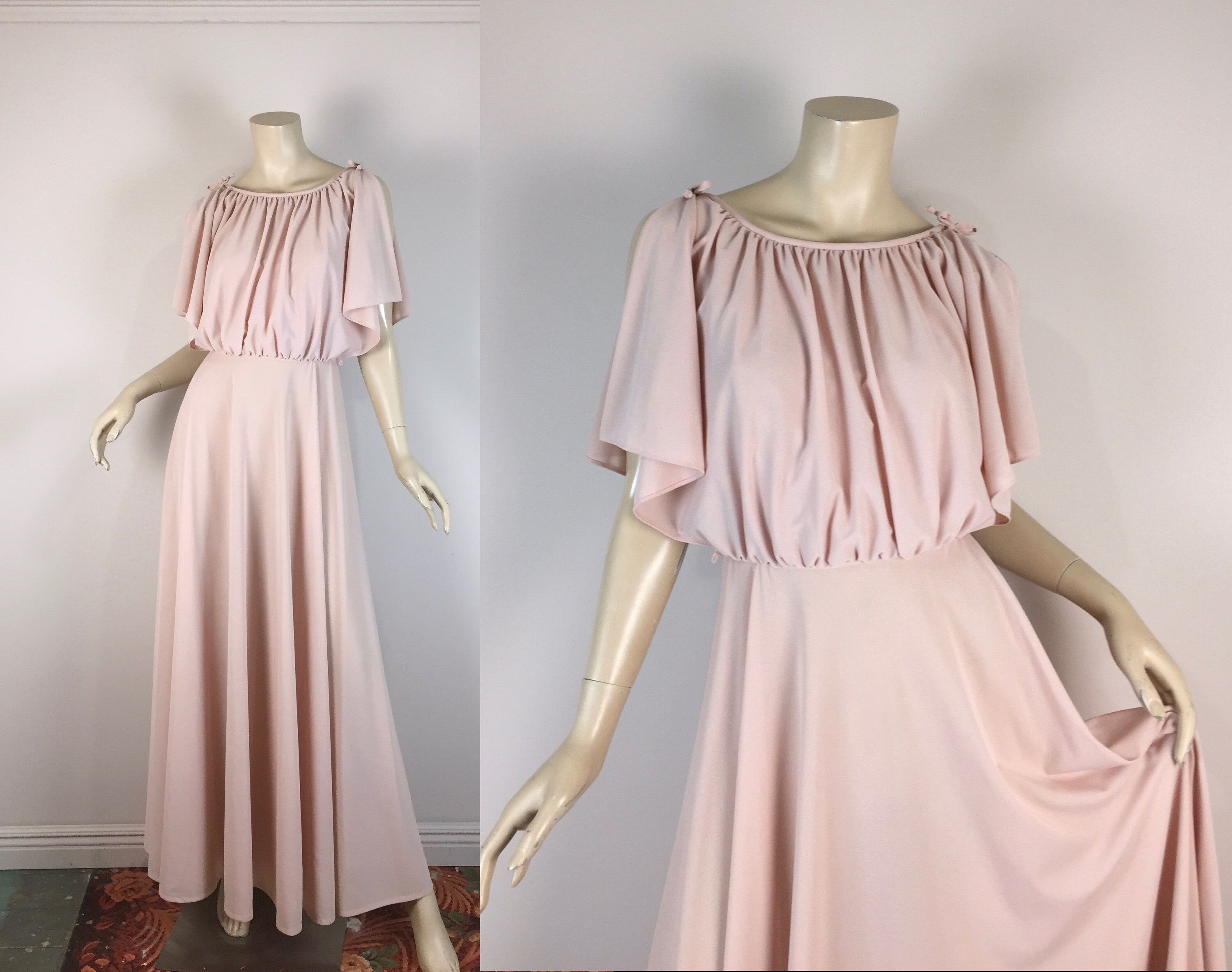 70s Disco Dress In Blush Pink 1970s Goddess Grecian Prom Dress 1970s Studio 54 Small By Reluctantdamsel On 70s Fashion Dresses Goddess Prom Dress Disco Dress [ 2369 x 3000 Pixel ]