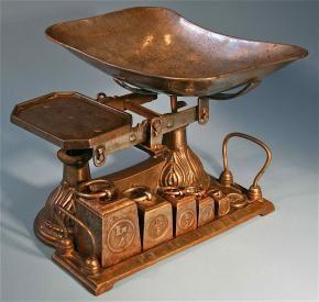 European Antique Cast Iron Balance Scale With Vintage Weights Antique Cast Iron European Antiques Vintage Scale