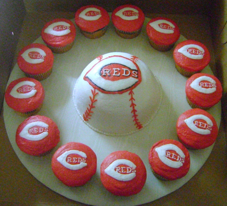Cincinnati Reds Baseball Cake With Matching Cupcakes