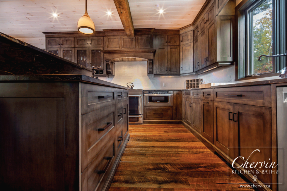 Best Beautiful Cottage Kitchen With A Grey Stain 400 x 300
