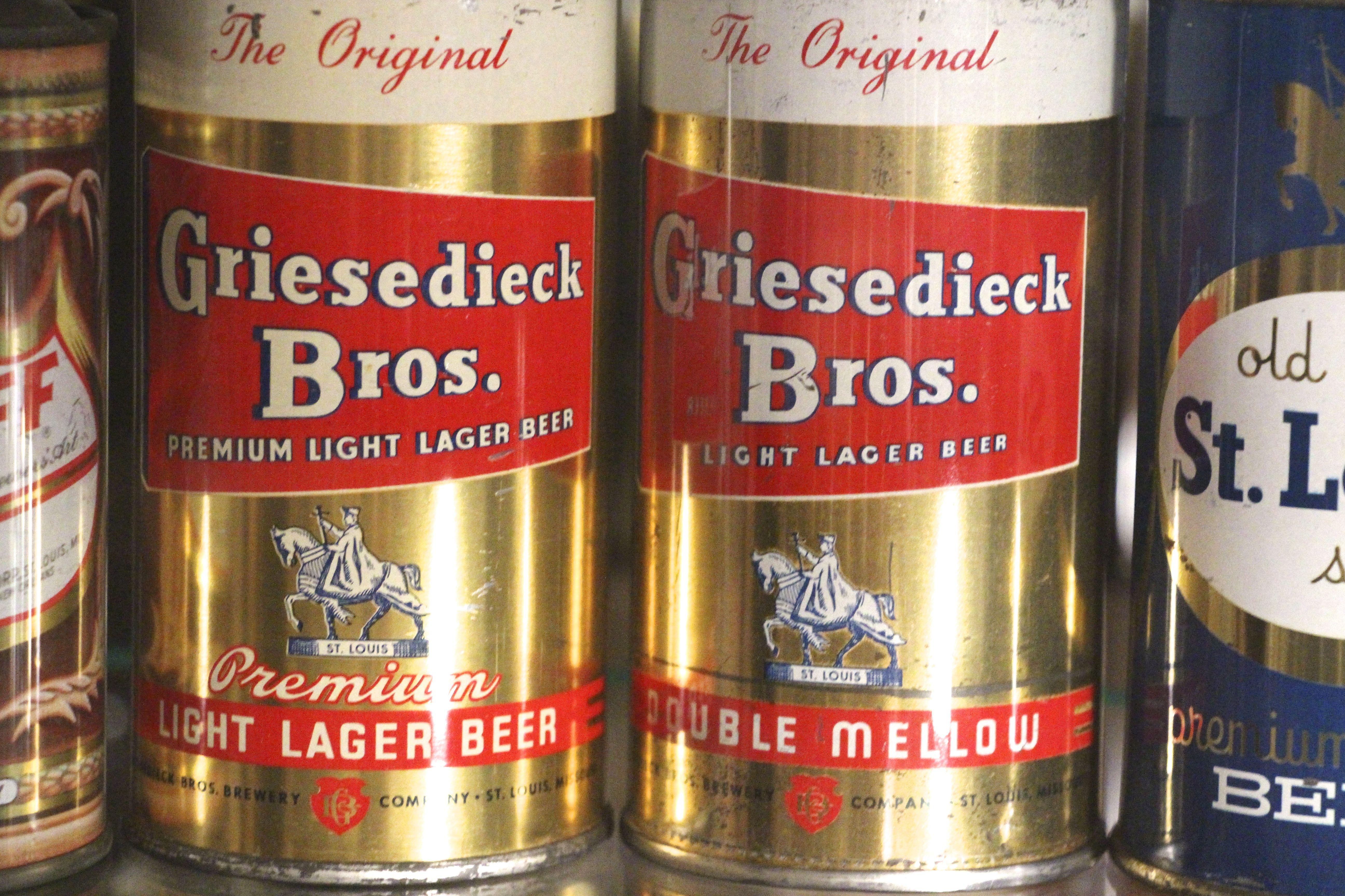 Griesedieck Bros Flat Top Beer Cans St Louis Mo Beer Beer Can Collection Beer Pub
