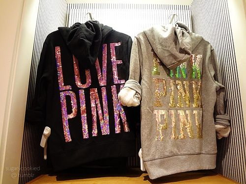 Vitoria's secret sweatshirt love pink!