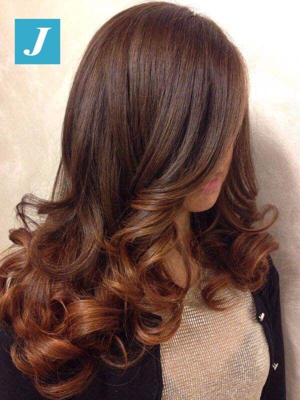 Il Degrade Joelle è una questione di stile. #cdj #degradejoelle #tagliopuntearia #degradé #igers #musthave #hair #hairstyle #haircolour #longhair #ootd #hairfashion #madeinitaly #wellastudionyc